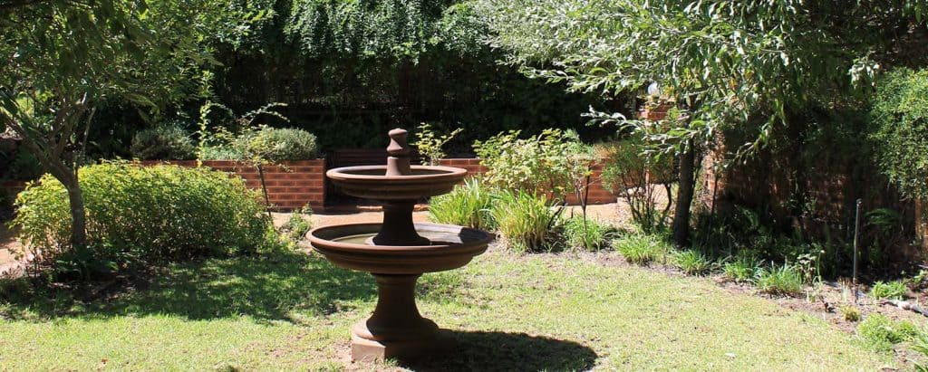 Perth Hills accommodation gardens